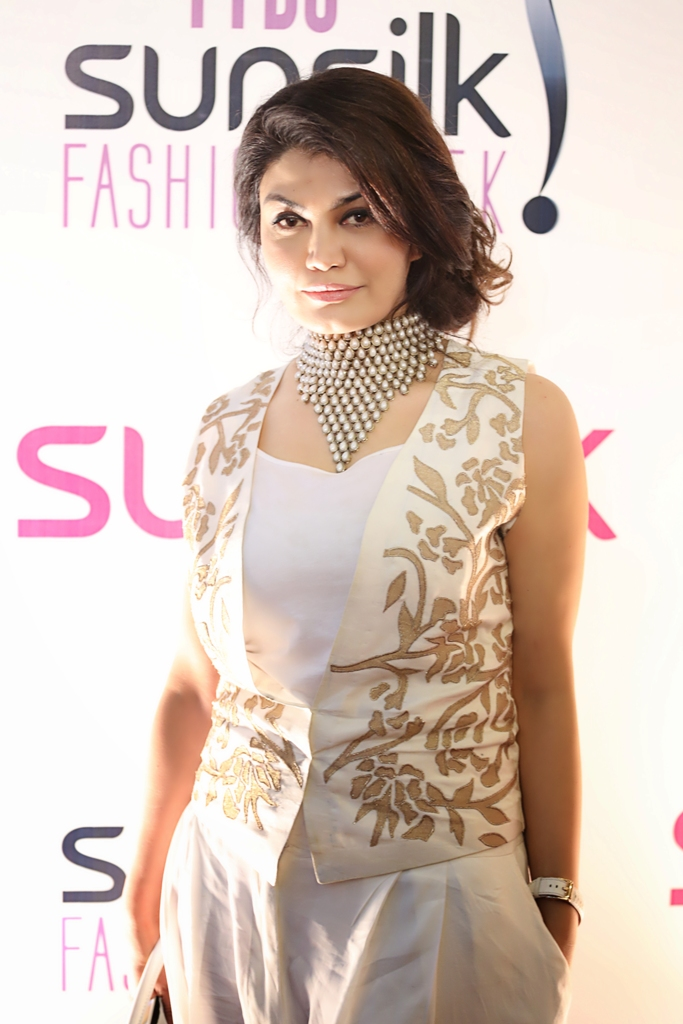 Erum Khan Showcases The Untainted Shine Collection At PFDC Sunsilk Fashion Week 2015