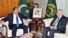 President Mamnoon urges Muslim countries to forge cooperation in all fields