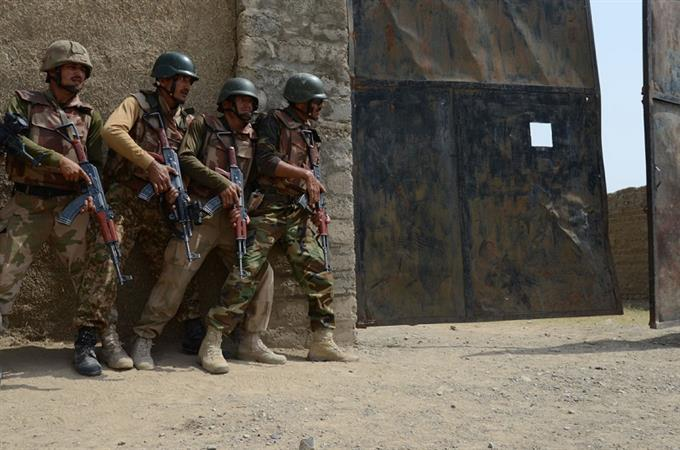 Zarb-e-Azb: Six terrorists killed, two army personnel martyred in Shawal clash