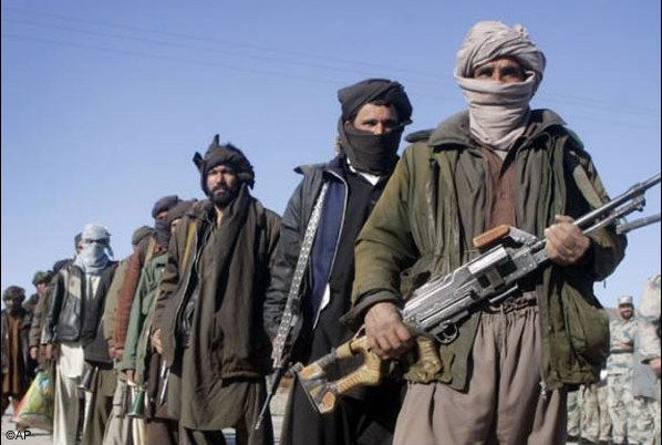 TTP hangs ISI official, threatens more executions