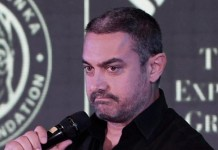 Shiv Sena offers Rs.1 lakh for slapping Aamir Khan