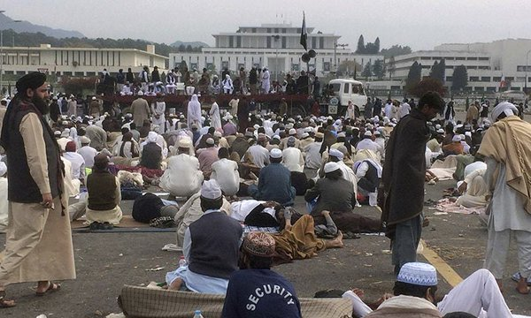 Parliament House sit-in by Pro-Qadri protesters