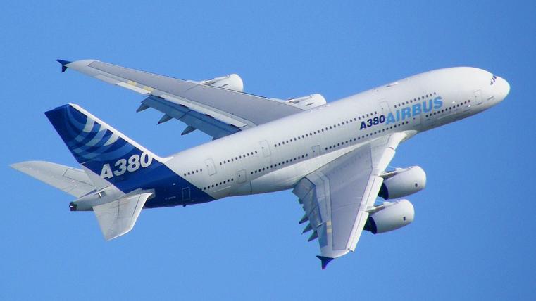 https://dnd.com.pk/wp-content/uploads/2016/07/Airbus_A380_blue_sky.jpg