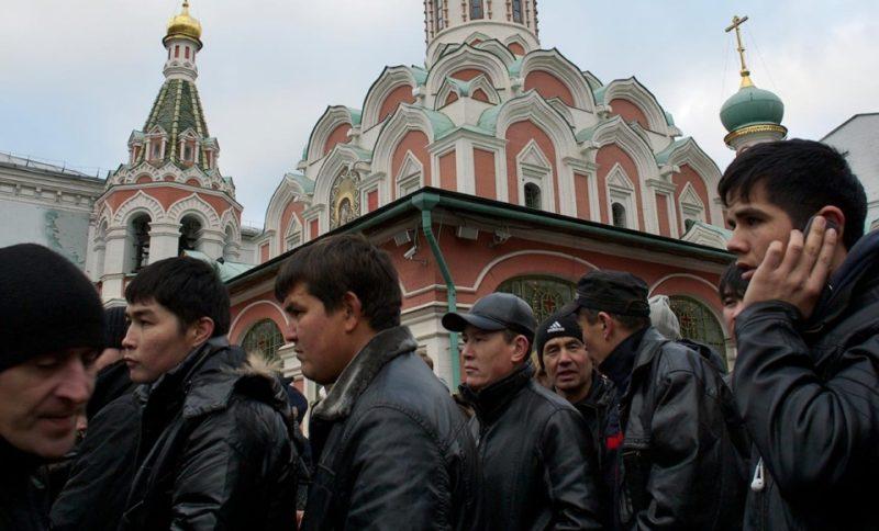 90,000 Tajik labour migrants will be sent home under Russian Laws