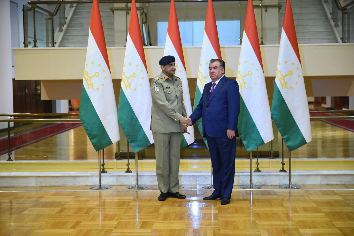 Army chief, Tajik president underscore importance of supporting Afghan-led peace process
