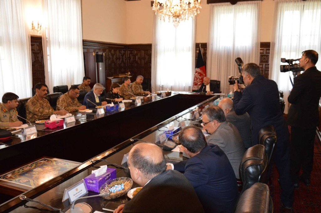 General Bajwa meets Afghan President in Kabul