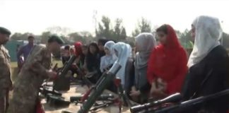 Students spend day with Pakistan army