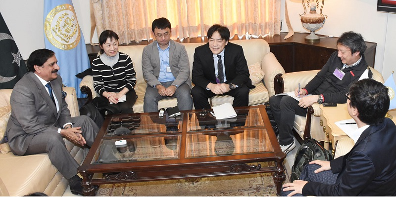 Japanese media delegation meets General Janjua