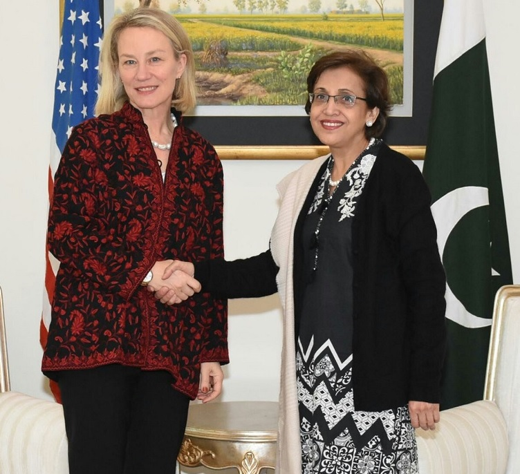 Pakistan Briefs US Envoy On Counterterrorism Efforts