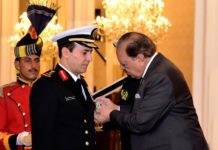 President Mamnoon confers Nishan-e-Imtiaz (military) on Saudi Naval Commander