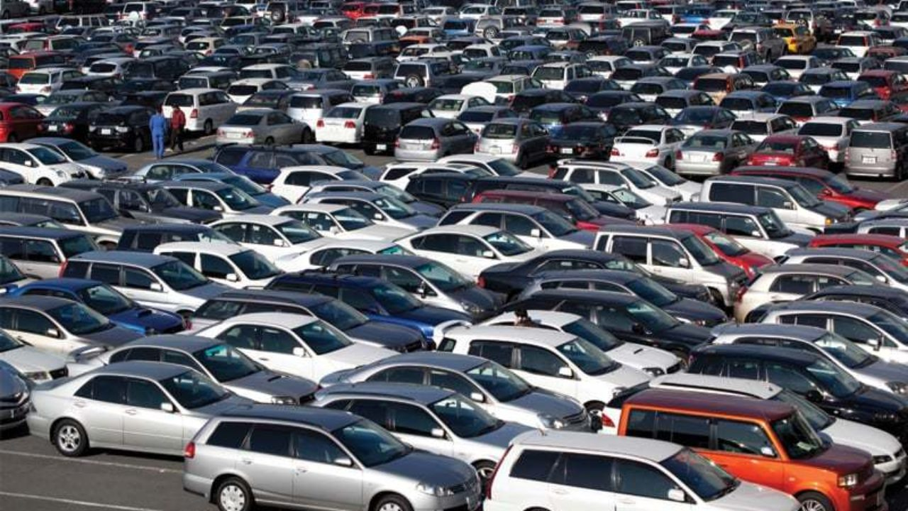 Imported Cars Losing Their Future In Pakistan As Government Planning