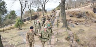 Foreign defence attaches visit LoC; briefed about Indian atrocities