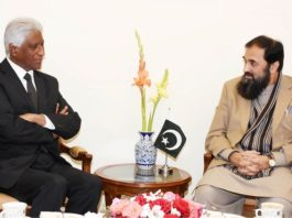 Baligh offers Mauritius to send its students to Pakistan for study