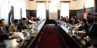 Prime Minister Shahid Khaqan Abbasi meeting with Afghan President Ashraf Ghani