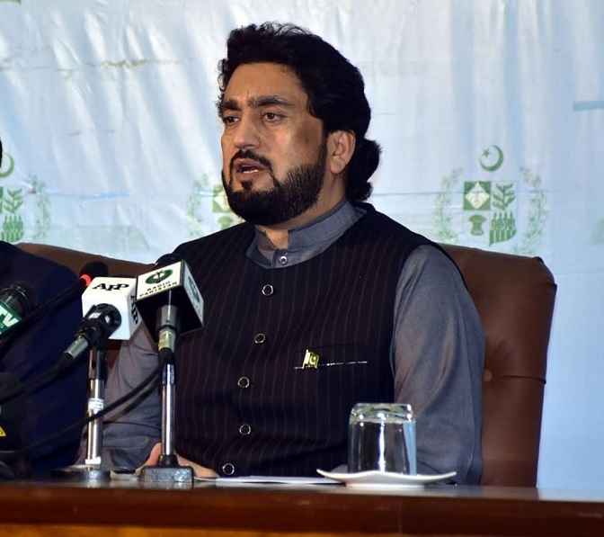 Gilgit-Baltistan - The Chairman of the Parliamentary Committee on Kashmir Shehryar Khan Afridi has said that Gilgit-Baltistan (GB) is principal stakeholder of the Kashmir dispute and the Kashmir Committee would make the future GB representatives and lawmakers a permanent feature of the international interactions.  In a meeting with a delegation comprising of journalists from GB, he said that India has been investing millions to sow the seeds of dissent in Azad Jammu & Kashmir (AJ&K) and Gilgit Baltistan (GB) but the people of these areas have stood firm to foil all nefarious designs of the enemy.  The President GB Journalists Forum Ghulam Abbas led the delegation while Shabbir Hussain, Abrar Hussain and others were a part of the delegation.  Shehryar Khan Afridi lauded the services of the people of Gilgit Baltistan for their love and affection with Pakistan and the people of GB are very close to my heart. Afridi said that being fundamental stakeholders to Kashmir dispute, GB representatives would be a permanent part of Kashmir Committee meetings and activities.  He said that Prime Minister Imran Khan had abolished No Objection Certificate (NoC) for foreign tourists to visit GB which is largely benefiting GB revenues.  He said that GB would also be arranging meetings of GB representatives with CPEC Authority and other officials related to the China Pakistan Economic Corridor (CPEC).  He said that the Kashmir Committee would also work for more social welfare projects in GB.  He said that youth engagement with GB youth would be his priority subject and he would expand his interaction with the GB youth.  He said that GB representatives would be a permanent feature in international interactions on Kashmir issue.  He said that the Kashmir Committee would also interact with the GB lawmakers.  The delegation expressed gratitude to Prime Minister Imran Khan for revoking NOC condition for foreigners to visit the GB.  They said that this would greatly help boost revenues due t