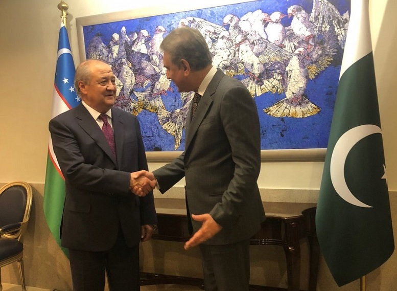 Pakistan and Uzbekistan have agreed to bolster the volume of their bilateral trade. The understanding was reached when the Foreign Minister Shah Mahmood Qureshi held telephonic talks with his Uzbek Counterpart Abdulaziz Kamilov on Thursday and discussed the bilateral ties, the regional situation, and other issues of mutual interest. Shah Mahmood Qureshi said that Pakistan and Uzbekistan enjoy deep fraternal relations, and leadership of both the Countries is committed to further strengthen the bilateral relations. The foreign minister said that the Inaugural Round of Bilateral Political Consultations between Pakistan and Uzbekistan will soon be held in Islamabad. Qureshi further said that Pakistan is committed to continue its reconciliatory efforts for establishment of peace in the region including Afghanistan.