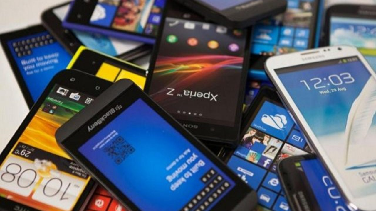 Here is how you can Calculate Tax on imported mobiles phones in Pakistan