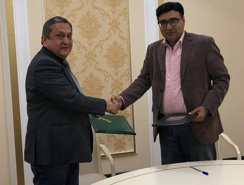 Center of Islamic Civilization in Uzbekistan and Uzbekistan Tourist Information Center by Travel Advisor International sign MoU