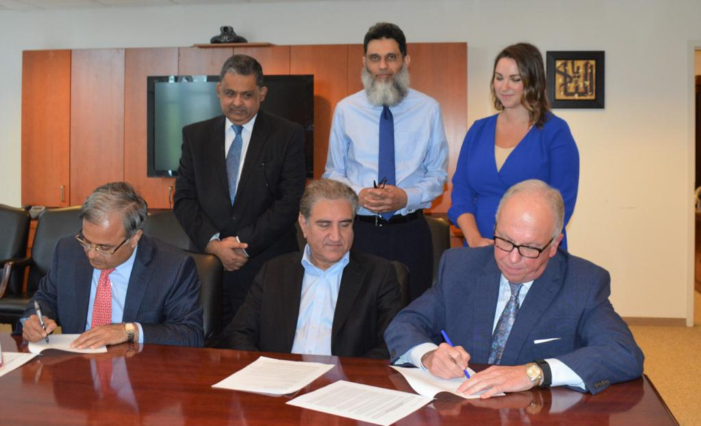 Pakistan signs contract for lobbying services with d Holland & Knight