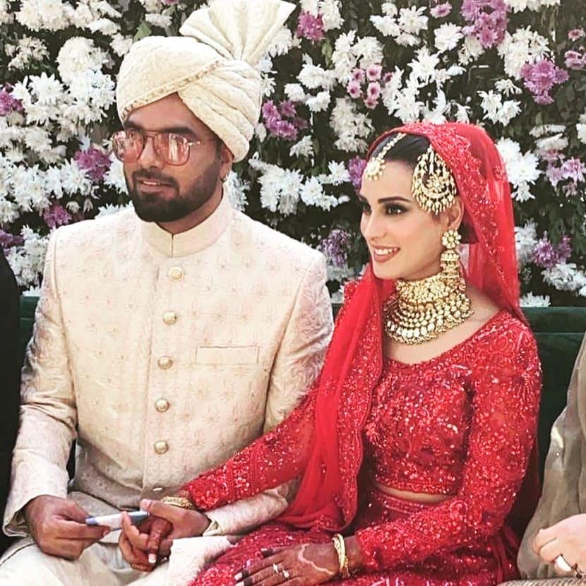 Iqra Aziz And Yasir Hussain Wedding photos