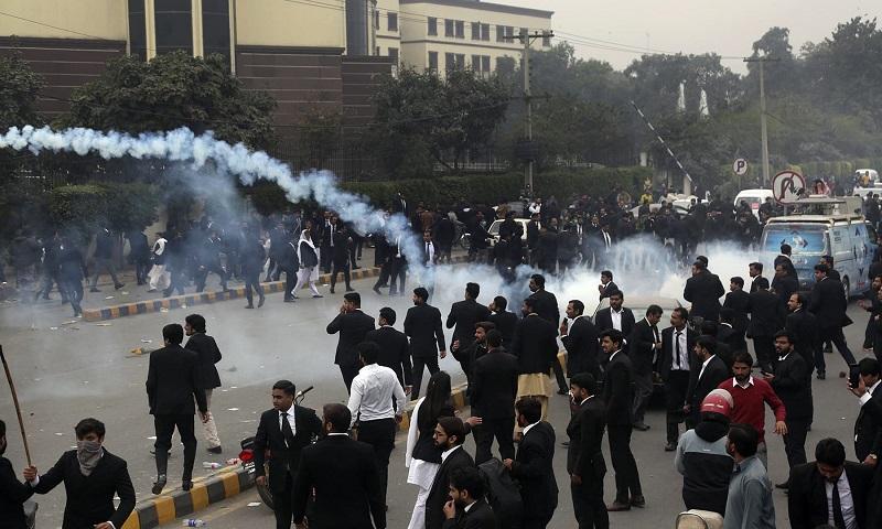 Arrest of Hassaan Niazi – A Test Case of Imran Khan's boasts of rule of law
