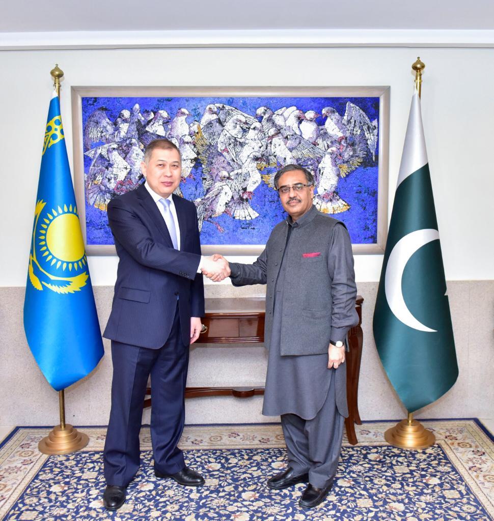 Foreign Secretary of Pakistan Sohail Mahmood, with First Deputy Foreign Minister of Kazakhstan Shakhrat Nuryshev