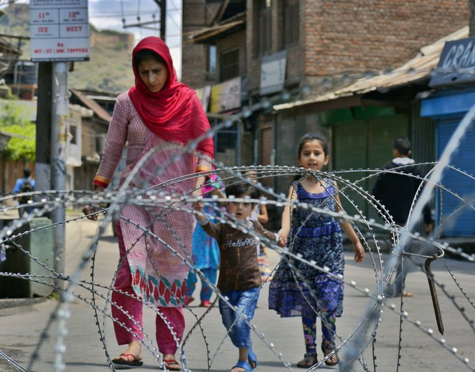 """World Humanitarian Day - Pakistan has once again urged the global humanitarian fraternity to do everything it can to ameliorate the worsening humanitarian situation in Indian Illegally Occupied Jammu & Kashmir (IIOJ&K). In a statement in connection with the World Humanitarian Day being observed on Wednesday, the Ministry of Foreign Affairs in Islamabad also stressed upon the International Community to ensure the lifting of the year-long draconian military siege in IOJ&K and provision of unfettered access and assistance to Kashmiri people in dire need of healthcare. The World Humanitarian Day is being observed to pay tribute to aid workers who risk their lives in humanitarian service. The day also aims to express support for the people affected by crises around the world. """"Today, we join the United Nations and the International Community in commemorating the World Humanitarian Day,"""" the ministry said. The Ministry of Foreign Affairs said that we pay tribute to the sacrifices rendered by humanitarian workers in saving lives and providing support and protection to people affected by conflict, disasters and emergencies. It said that we commend the United Nations, its Office for Coordination of Humanitarian Affairs (OCHA) and other Humanitarian Organizations for their leadership in mobilizing and delivering assistance to civilians in need, despite challenges of access and restrictions. """"We value the active role of and substantial contribution by the humanitarian community, in particular, the United Nations in responding to the unprecedented health and socio-economic impact of COVID-19,"""" the ministry said. It said that we encourage the global community to uphold the principles of burden- and responsibility-sharing to support sustainable humanitarian responses in large refugee hosting countries. It said that the protracted refugee situations continue to impact millions of lives and should be supported by the international community in every aspect. The minister said that P"""