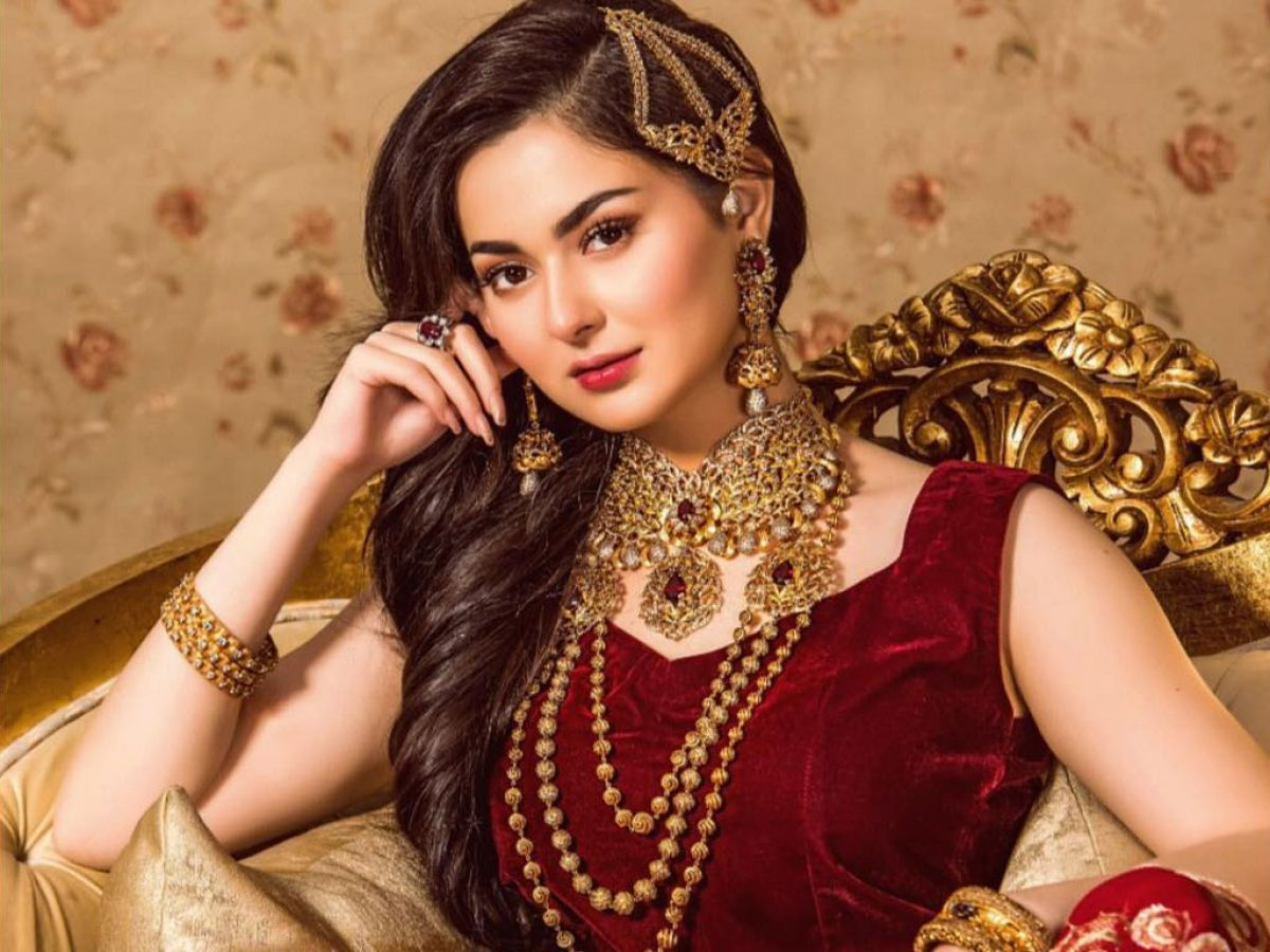 Hania Amir - Age, Instagram, Dramas and complete information
