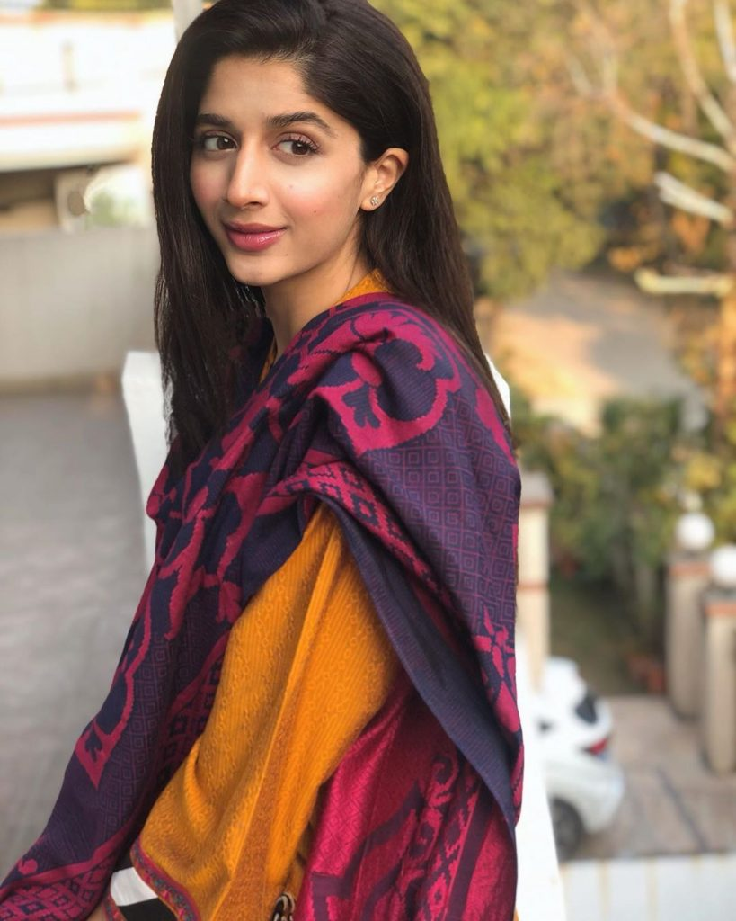 """Mawra Hocane's Stupidity Stirs A Controversy Once Again! Mawra Hocane Thinks It's Okay For Men To Stare At Women Mawra is known for paying no heed to general common sense and public sentiments. She is famous for her senseless remarks and completely baseless opinions on sensitive topics. This time again, an old video has surfaced, which clearly shows that the little Ms. Hocane has no idea what the actual world is like and how important it is for her to think and speak sensibly. What Did Mawra Do This Time? An old video of Mawra Hocane promoting Jawaani Phir Nahi Aani 2 with Humayun Saeed and Kubra Khan in an Eid morning show by Nida Yasir has surfaced on the internet. The video started floating yesterday and now has gone viral within no time. The snippet of the morning show shows Hocane glorifying street harassment and saying that it is a right of the Lahori boys who are known for publicly catcalling and abusing women. Hocane's Conversation With Nida Yasir Yasir asks Hocane about the Lahori boys and questioned: """"Has anyone ever teased you?"""" To the question, she responds as: """"I think that's just Lahore's fun, boys tease you with music roaring from their cars. I think that's just the feel of Lahori Eid."""" She also further normalized the harassment by saying: """"So, we don't mind. It's okay, keep looking at us"""". The surprised host on the answer asks her once again: """"So even if someone teases you right now you won't mind?"""" To this, Hocane unflinchingly chirped: """"Haan, koi baat nahi, tumhari bhi Eid hai (Yes, it doesn't matter, it's your Eid too)."""" Here is the complete snippet of the conversation: The Guests Reaction To Her Comments What's more upsetting is that on her remarks, everyone including Hocane laughed. They all normalized the street harassment because probably they have never been in a situation where they were terrified of their safety due to men. She does not mind because probably she is also in her car with tinted windows and never had to face reality. She does """
