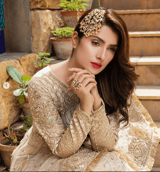Ayeza Khan in stunning gold designer dress