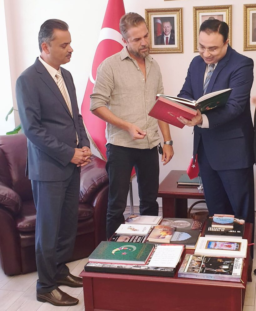 """Engin Altan Duzyatan aka Ertugrul from the blockbuster Turkish series wished Pakistani fans on Independence Day. The actor is famous for his lead role in the Turkish series Diriliş: Ertuğrul. The story of this series is based on true Islamic history which has greatly impressed fans in Pakistan. Ertugrul Visits Pakistani Consulate in Istanbul Engin Altan Duzyatan of historic drama series Dirilis: Ertugrul or Ertugrul Ghazi visited the Consulate General of Pakistan in Istanbul. He wished his Pakistani fans a very Happy Independence Day on 14th of August. Pakistani Consulate has shared adorable pictures of this occasion and warmly thanked the actor for paying visit exclusively. The Consulate Office tweeted about this visit as, """"Thank you to @eadksk__ for visiting our #Consulate General Today. You're undoubtedly the most famous #Turkish Artist in #Pakistan right now and we wish you all the best in your future projects! #EyWallah"""". Extending the tweet thread, Pakistani Consulate further stated, """"Diriliş #Ertuğrul' star @eadksk__ wishing all #Pakistanis across the globe a very happy Independence Day exclusively from our #Consulate General in Istanbul!"""" Ertugrul's Video Message for Pakistani Fans Pakistani Consulate in Istanbul also share a short video clip recorded with a message by Engin Altan Duzyatan for Pakistani fans. Watch this video! Here Engin Altan can be heard extending wishes for his Pakistani fans on the 74th Independence Day. Fans go all praises for this gesture by their all-time favorite Ertugrul and have been drooling over his video wish. Esra Bilgic's Independence Day Wish For Pakistani Fans It is not that only Engin Altan stepped forward to wish Pakistani fans on the Independence Day but the co-actor Esra Bilgic aka Halime Sultan also did so. In this video message, Esra said, """"I am Esra Bilgic and on this 14th August, I would like to personally wish you all Jashn-e-Azadi Mubarak. Pakistan Zindabad."""" Pakistan's 74th Independence Day Islamic Republic of Pak"""