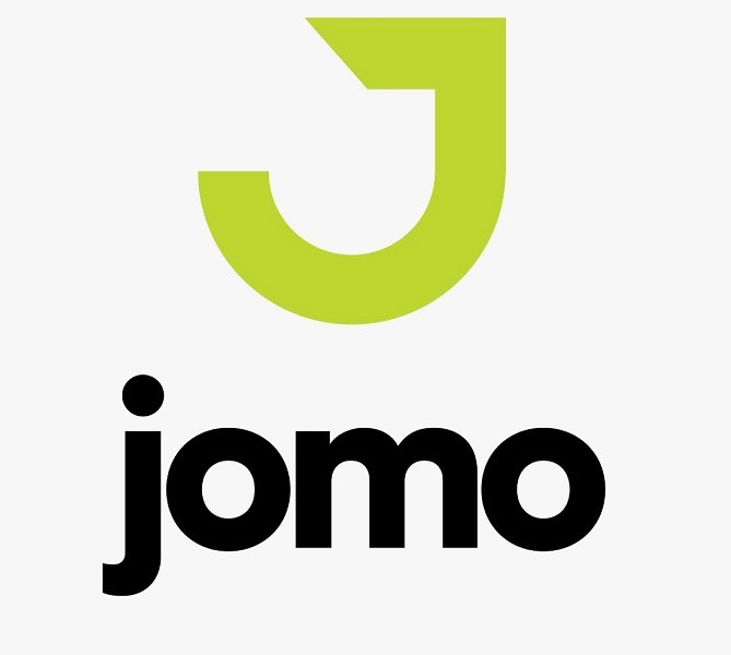 Jomo Technologies - The Jomo Technologies is all set to give an impetus to E-Commerce Industry in Pakistan with the launch of Jomo.pk, an online platform wherein Customers would enjoy an access to a variety of local and international shoes and apparel brands. Jomo.pk will be launched on October 1, 2020, and initially, it will enable the people from all walks of life to select branded shoes, apparel, or accessories of their choice and register a delivery order. Even in the very outset, clothing or footwear items of top local and international brands including Nike, Under Armour, Adidas, Skechers, Hush Puppies, Caterpillar, Urbansole, Pierre Cardin, HUB, Jockey, Sockoye, Lark & Finch, Klara, Mavrik, and Ace would be available at the online platform, making it the Country's largest and premium multi-brand fashion store. Launching with over US$ 1 million investment by a Lahore-born US-based investor Bob Din, the Jomo Technologies has promised its Customers hassle-free services, and assured them an experience that they hadn't enjoyed before from placing the orders online to their fastest delivery with 100% originality. The Chief Executive Officer (CEO) of the Jomo Technologies Omar Saeed told that they have already received purchasing orders of various branded products amounting to Rs 300 million via online platform. Omar Saeed, who is also the Director of Servis Industries Limited, voiced the commitment that now Pakistanis would also have top quality export products at their doorsteps without any inconvenience. Unveiling their future plans, the CEO Jomo Technologies apprised that various ventures are in the pipeline and certainly they will extend the scope of their services from offering online commodities such as shoes and clothes for purchasing to market analysis, design assistance, and access to capital. However, he said that at the outset, they are beginning with quality products of small to medium size range for Pakistani Customers. Sharing his thoughts over the la