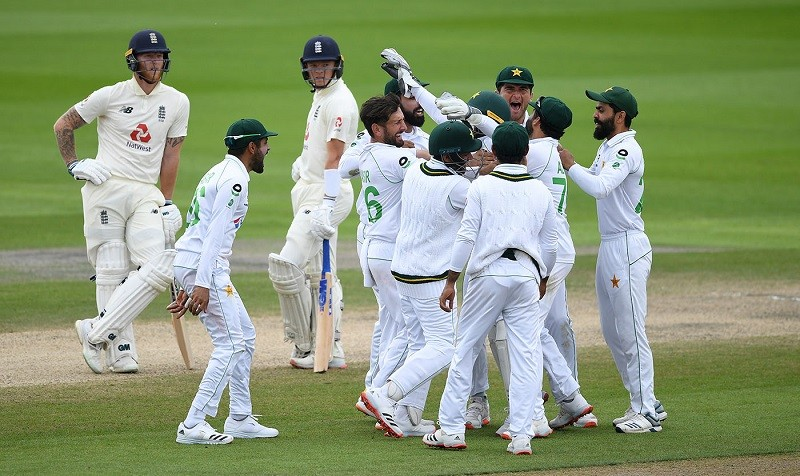 Live Cricket Streaming - Pakistan will take on England in the second Test of three-match series as part of the ICC World Test Championship at the Ageas Bowl in Southampton, beginning from August 13. For the second Test, both teams are likely to make some replacements. In the absence of Ben Stokes who is now out of the series for family commitments, England may include fast bowler Mark Wood and right-hand batsman Zak Crawley in the playing XI. On the other hand, long-neglected left-hand batsman Fawad Alam may feature in the second Test as a replacement of Shadab Khan. While Sohail Khan will also reportedly replace Naseem Shah. In the first Test at Manchester, Pakistan was deemed as favourites to win the match after it acquired a 107-run lead following the first innings of both sides. However, a batting collapse in the second innings as the entire team was bowled out for just 169 runs and then inability to break the Jos Buttler and Chris Woakes' 139-run partnership caused Pakistan the match. In the second innings while pursuing the target of 277 runs, England had lost five of their top batsmen for 117. But by making tactical mistakes in the bowling and captaincy blunders from Azhar Ali, the team plunged itself in hot water as they eventually lost the match by 3 wickets. Since 1954 till date, Pakistan and England have played 84 Test matches against each other. Of them, Pakistan won 21 Tests and lost 26 while 37 Test matches between them ended in draw. If England wins the second Test match at Southampton and seals the series, it would be their home series victory against Pakistan after 2010. In between, Pakistan toured England in 2016 and 2018 for a four-match and two-match Test series respectively but both of them were drawn.