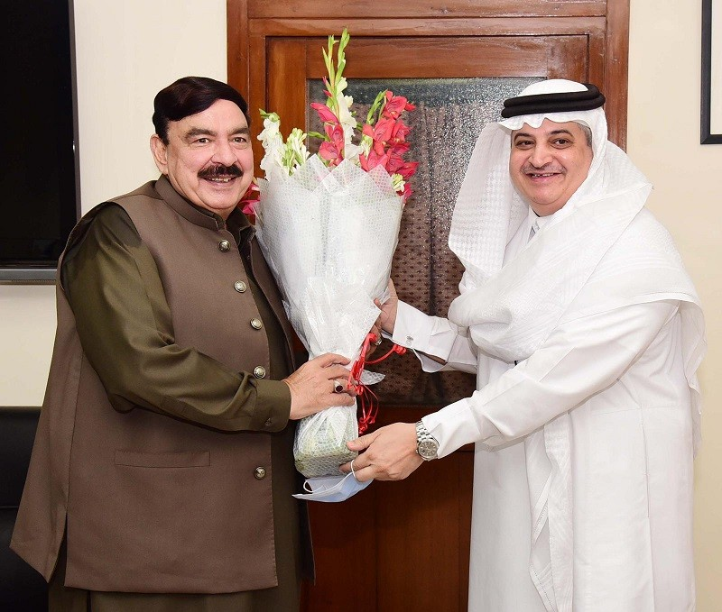 Sheikh Rasheed - The Saudi Ambassador to Pakistan His Excellency Nawaf bin Said Al-Malkim met the Federal Minister for Railways Sheikh Rasheed Ahmed in Islamabad on Tuesday, and discussed the bilateral relations. Upon his arrival, the railways minister presented a welcoming bouquet to His Excellency Nawaf Saeed Ahmad Al-Malki. Sheikh Rasheed said that Pakistan and Saudi Arabia enjoy long-standing relationship deep rooted in common faith. The minister said that both the Countries have always supported each other's stance on international issues. The minister for railways said that hearts of the people of both Pakistan and the Kingdom of Saudi Arabia beat together.