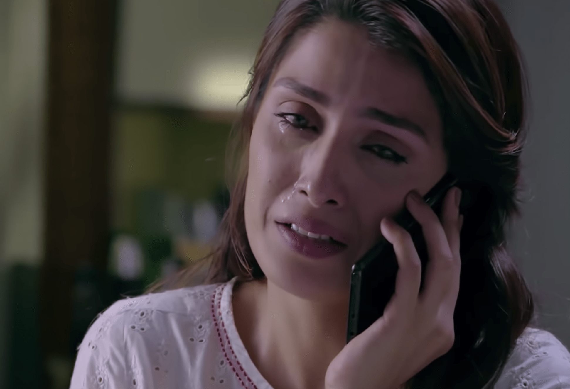Well... It's something different about Ayeza! She cannot cry in public and in front of anyone. That's the major reason all crying scenes are challenging for her.