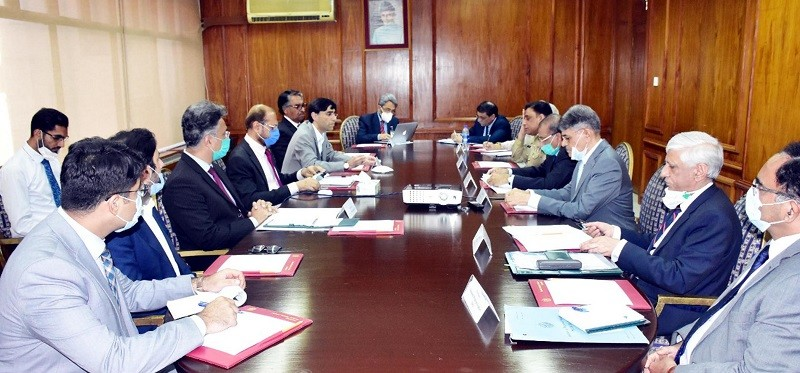"""Academia - The Prime Minister's Special Assistant on National Security Dr. Moeed W. Yusuf chaired the 4th meeting of the Advisory Board of the National Security Committee (NSC) at the Prime Minister's Office in Islamabad on Tuesday. The Board gave the approval to formally register Academia and Think Tanks across the Country on the portal which will connect them with the policymakers. The portal will be on the National Security Division's website where the registered think tanks/ and university departments will be able to submit their input and ideas for consideration of the policymakers. The participants agreed that to channelize the efforts of academia and think tanks, the portal will play a pivotal role. Dr. Moeed commented that think tanks and academia carry out valuable work but it does not reach the policymakers readily. With the help of this initiative, think tanks and academia will be able to play a constructive role in the policy development process of the Country. Dr. Moeed Yusuf said that the government aims to make the policy approach inclusive. He instructed that academic institutions and think tanks across Pakistan should be connected through the portal and a network of think tanks should be created. The Special Assistant said that academia and think tanks should take the stock of the current situation in all sectors and submit their recommendations for consideration. """"By incorporating innovative ideas of the experts, the country can be set on the path of growth and prosperity"""", he said. Dr. Yusuf said that he would like to hear innovative ideas and solutions from think tanks and academia so that Country's complex problems can be solved. On September 9, Dr. Moeed will speak to a large number of prominent think thanks being convened by the Institute of Strategic Studied Islamabad on behalf of the National Security Division as part of this effort to ensure inclusive policymaking. The meeting was attended by representatives of the Institute of Strategic St"""
