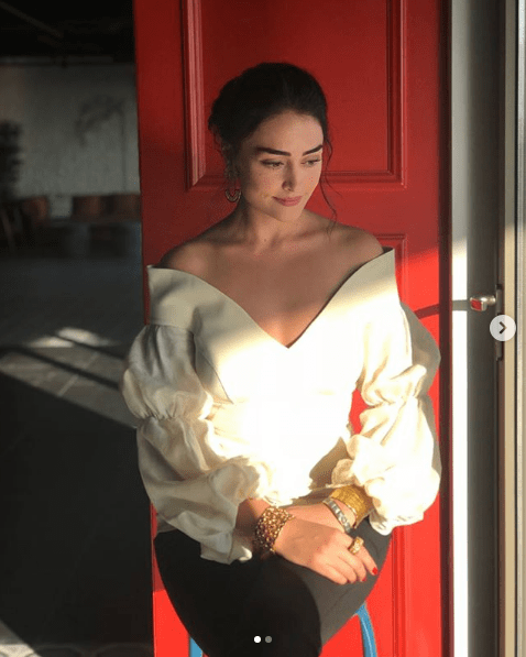 Here we have got some of the most trolled pictures of Esra Bilgic in which she was criticized for wearing bold dresses. Pakistan fans are so possessive for her and they feel like she will be going the way as per their wish. Check out these clicks!