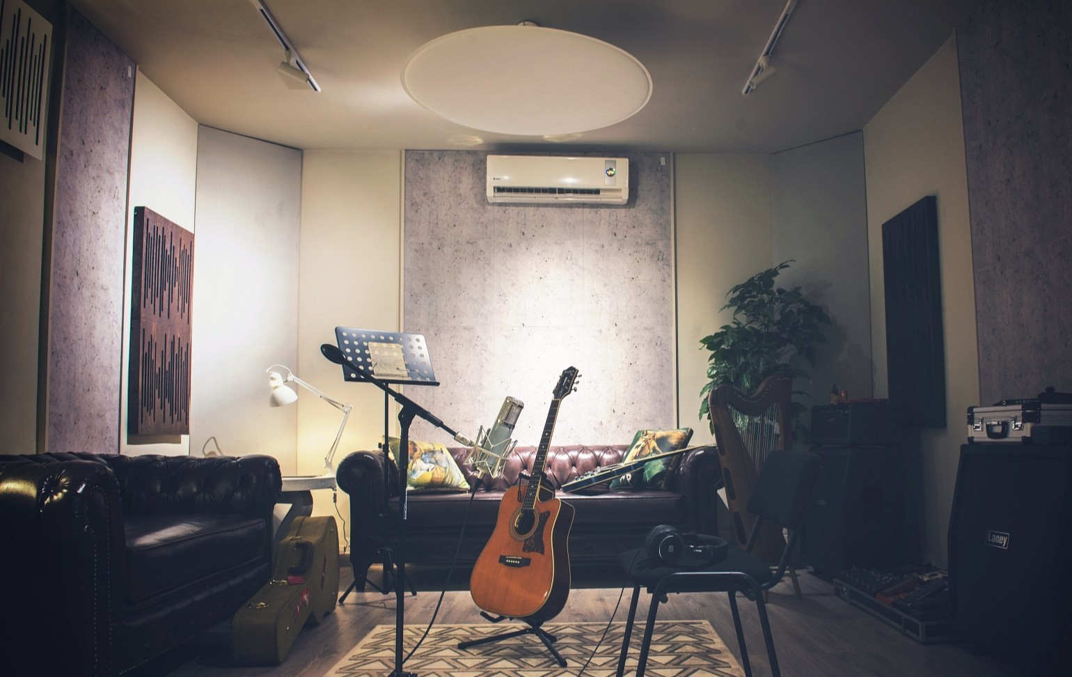 Vicoustic is something stylish, attractive and enhancement of the room for excellent sound quality. When it comes to Xulfi's choice, he has always looked for perfection when it comes to anything related to music. This time, he wanted to have something more than merely a recording studio.