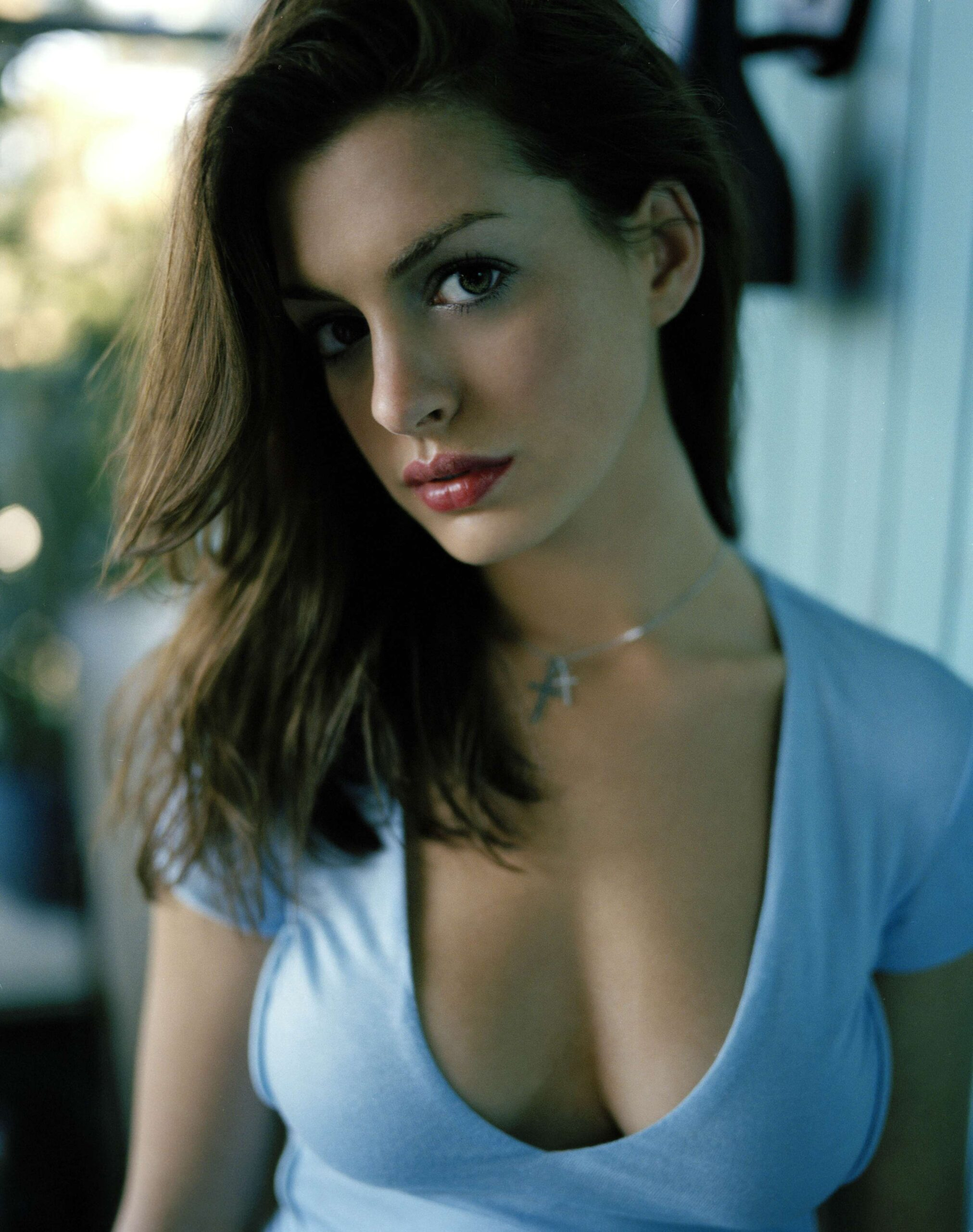 Anne Hathaway is the most gorgeous actress in Hollywood who has received many awards including an Academy Award, a Primetime Emmy Award, and a Golden Globe. She was one of the highest-paid actresses back in 2015. Hathaway also appeared in Forbes Celebrity 100 list in 2009. Her magnificent looks and exceptional acting talent is one of the reasons that she has got a huge fan following. Here we have got a collection of the bold and beautiful Anne Hathaway! Top 10 Bold Clicks of Anne Hathaway! Check out this collection of bold clicks of Anne Hathaway that will leave you awestruck: Early Life The ever-gorgeous American actress Anne Hathaway got her first big break in 1999 on the television series Get Real. She then appeared in the role that made her famous, playing Mia Thermopolis in The Princess Diaries in 2001. In 2006, Hathaway gained huge success with The Devil Wears Prada, and the following year she starred in Becoming Jane, a film about Jane Austen. She garnered both critical and commercial attention for her role in Love and Other Drugs in 2010. She went on to win praise for film appearances later including those in The Dark Knight Rises, Les Miserables (both released in 2012), and Alice Through the Looking Glass, before being tapped for the heist comedy Ocean's 8. Anne Hathaway Movies List Anne Hathaway has always been at the level of perfection in all of her films and she has rapidly touched the peak of fame. Her acting skills and the way she owns a character makes her stand out. When it comes to her beauty, that is a plus point making her one of those highest-paid actresses in Hollywood. Here we have got a list of her most famous movies that must be on your watchlist: The Princess Diaries The Other Side of Heaven Nicholas Nikleby The Cat Returns The Devil Wears Prada Get Smart Bride Wars The Dark Knight Rises Interstellar Les Miserables Ocean's 8 Alice Through the Looking Glass