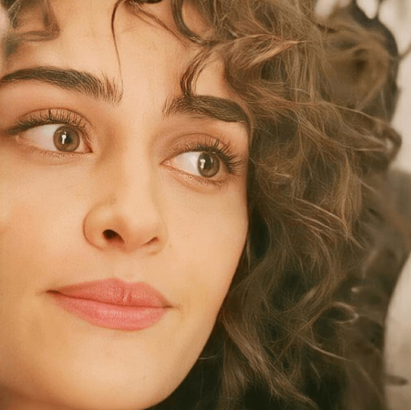 Esra Bilgic - The Top Unseen Gorgeous Photos of Dirilis: Ertugrul Actress