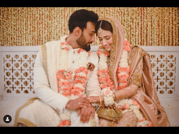 You must be thinking that Sana Javed and Umair Jaswal have got done with their wedding events and celebrations. However, the truth is yet to reveal. We have got such interesting unknown facts about the new couple in town and their wedding that will turn on excitement for all the fans. Check out the details below! Sana Javed and Umair Jaswal's Wedding Isn't Over Yet! We came across a video that revealed some of the interesting details about Sana and Umair's wedding events. The first thing is, their wedding isn't over yet. Surprised? As per the video, the couple had their Nikah ceremony for now in Karachi with family members and close relatives. Umair's friends in Islamabad didn't have an idea that he is going to tie the knot. So, further wedding events will be taking place at the proper arrival of winters and hopefully in Islamabad. Sana Javed and Umair Were Engaged for Two Years! The video also revealed that Sana Javed and Umair Jaswal were in an official relationship for two years after their families got them engaged. However, both of them were quite conscious about keeping the privacy of their personal life in order to avoid scandals. The Couple Selected Traditional Wear for Nikah Ceremony! As one of the most sophisticated couples in the industry, Sana and Umair decided to go with traditional wear at their nikah ceremony. As per the details, Sana got Hyderabadi style bridal wear with a long dupatta that grabbed everyone's attention. On the other hand, Umair Jaswal had his dress from Humayun Alamgir. The misty hues going in accordance with the ambiance of the nikah event was fantastic. Although the event turned out as a great surprise, at the same time no one was expecting that their preparation would be flawless. Here we have got the video for further details!