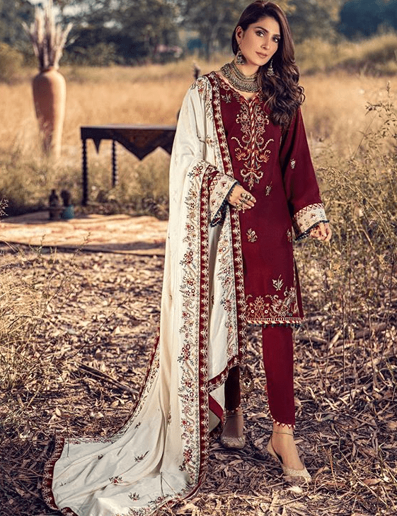 Ayeza Khan Winter Photoshoot