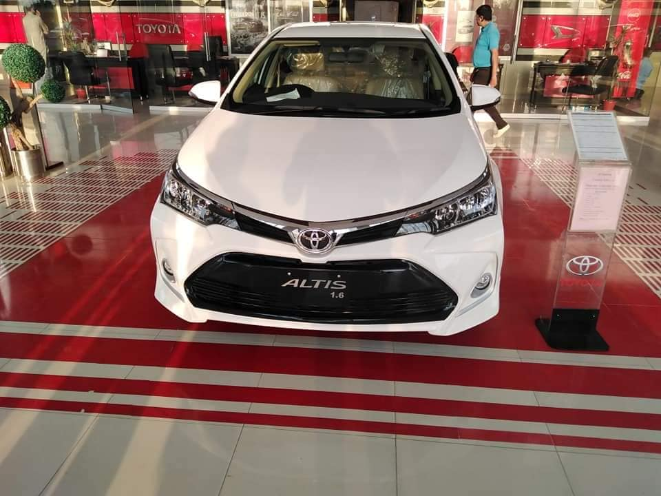 Toyota Corolla Prices to Increase in Jan 2021 with the New Facelift