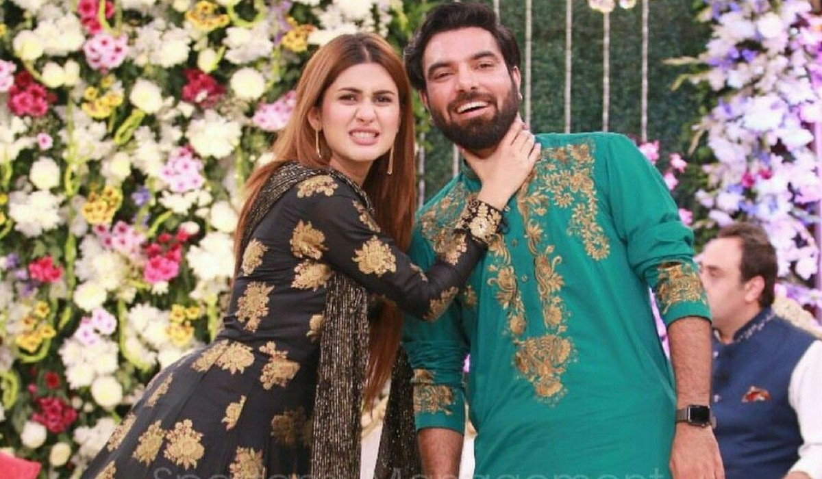 Yasir Hussain is one of the well-known actors and host who is quite famous for his controversial statements. He always remains active on social media and her Insta stories are always interesting ones. On the other hand, Kubra Khan is also a famous actress in the industry who has worked in different dramas and films as well. Yasir and Kubra had a casual jam session while drum beating the table and it has really got a rhythm. Here we have got the video! Yasir Hussain and Kubra's Table Drum Beat Session! Check out this entertaining video in which Yasir Hussain and Kubra Khan had a great time while drum beating the table in rhythm. Watch this video! About Yasir Hussain and Kubra Khan Yasir and Kubra have made quite a famous on-screen couple together. Their fans have always liked them together acting in a romantic equation for ARY Digital's comedy-drama 'Shaadi Mubarak'. They have been appearing together in different projects while chilling out so much so that fans speculated they have been in any relationship. Here we have got a screenshot of Yasir's Instagram stories from the year 2018 that has much to say! However, Yasir denied all the speculations and said that there is nothing special going on between them. As per the latest video, it is quite clear that they are great friends who enjoy some light moments together whenever they meet up. Questions People Mostly Ask about Yasir Hussain! Here we have got some of the frequently asked questions people ask about Yasir Hussain: 1. Has Yasir Hussain got a tattoo? Ans. Yasir Hussain has got a tattoo with Iqra's name. They both love each other a lot and keep on expressing it at the best. 2. How old is Yasir? Ans. The brilliant actor and host Yasir Hussain, is 34 years old. He celebrates his birthday every year on 2nd May. 3. How tall is Yasir Hussain? Ans. Yasir Hussain is 1.8 m tall. 4. Who is Yasir Hussain's celebrity crush? Ans. Yasir once posted on his stories while responding to a fan's question that his celebrity crush 