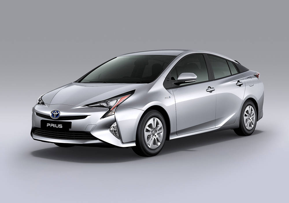 5 Best Hybrid Cars in Pakistan - Affordable and Loaded with Features - Toyota Prius