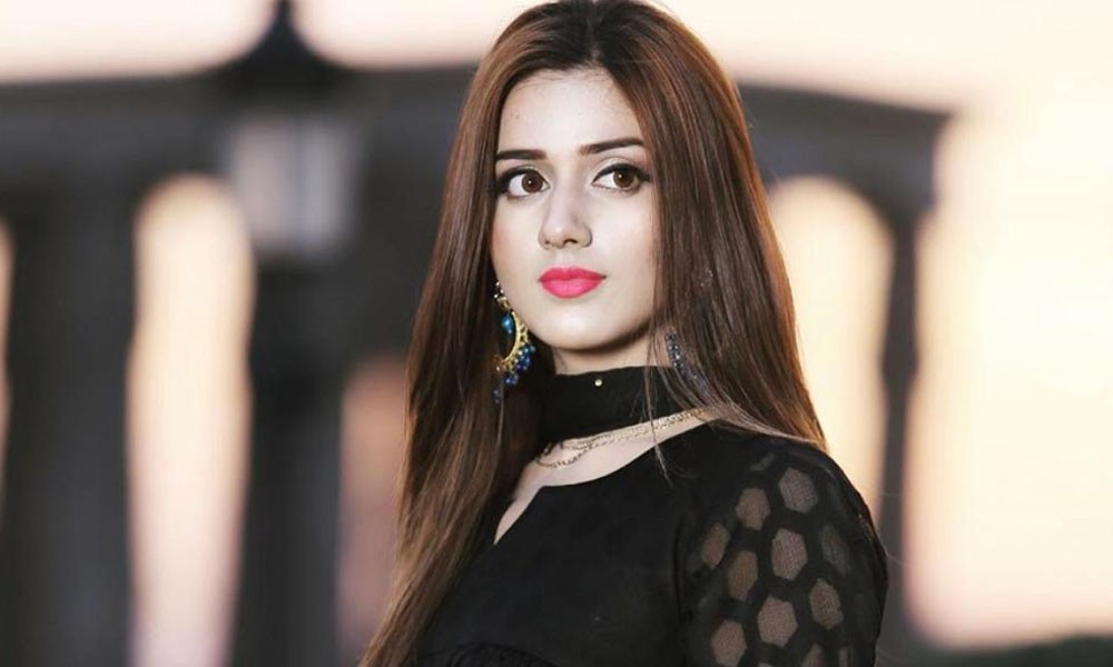 The social media sensation Jannat Mirza, who gained popularity with her TikTok videos, always keeps on posting entertainment stuff for the fans. Her beauty captures everyone's attention instantly and that's the reason she has got more than 10 million followers on TikTok. Jannat Mirza hit the fame with her entertainment content including Bollywood lip-syncs, slow-motion clips, and parodies. We came across a video on Instagram in which Jannat Mirza is having fun at her cousin's wedding. She is all in mood of lip-syncing Meray Paas Tum Ho, however, it was the Qawali version of the song. Here we have got the video and details! Jannat Mirza Enjoys Qawali Version of Meray Paas Tum Ho! It seems Jannat is having great fun time with family these days at her cousins wedding. As we got to watch Jannat't video going viral on social media, she is looking so gorgeous in light yet fancy dress. Her makeover and pretty smile adds up to her stunning looks that instantly grabbed everyone's attention. Check out this video in which Jannat Mirza is enjoying the Qawali version of Meray Paas Tum Ho! Some More Details About Jannat Right after the day Jannat announced reaching a milestone of 10 million followers, the TikTok entertainment app got banned. However, Jannat Mirza then decided to move to Japan. The news surfaced on social media that Jannat has said goodbye to Pakistan due to the ban of TikTok app. However, as per the clarification video of the TikTok star, she decided to go to Japan because Pakistan is an insecure place for women. Jannat added that she got disturbed to learn how harassment and rape cases are dealt with in our society. Hot and Stunning Clicks of Jannat Here we have got some of the hot and stunning clicks of social media sensation Jannat Mirza. Take a look! So, what do you think about the new video of Jannat? Share your valuable feedback with us!