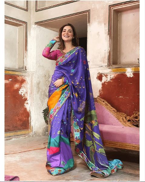 Hania Amir Flaunts Sensational Saree Look That Will Leave You Stunned!