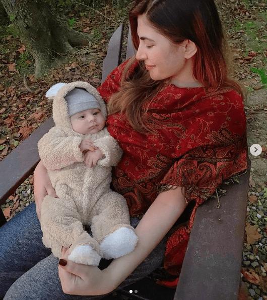 Mustafa Abbasi, Hamza Abbasi's Son Steals The Show On Social Media!