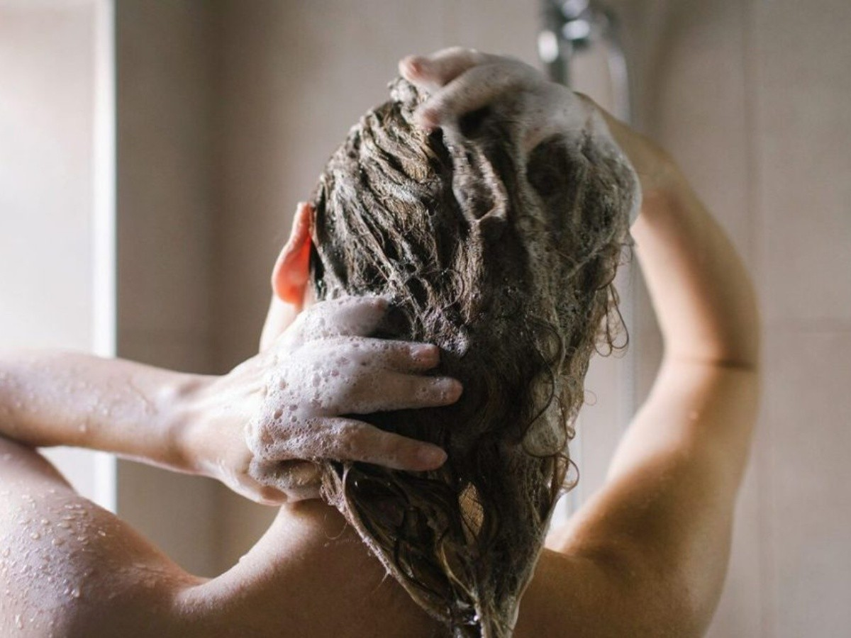 Girls! This Shampoo Might Be The Reason For Your Hair Loss