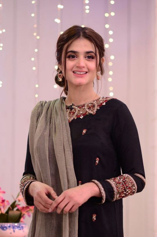 All of us had a view of Hira Mani initially as Mani's wife and then she emerged as a wonderful actress. With each of the projects coming her way, her acting skills refined and finally, she is now among those celebrities who are considered best as an actor. Well... we know that some of the celebrities have soulful voices like Sajal and Hania who also gave their voices to drama OSTs. However, we never knew about Hira Mani's singing talent and just like that of her acting, she has once again proved herself versatile as a celeb. Wondering about why we are associating Hira with singing? Here we got the answer! Hira Mani First Song 'Sawaari' Goes Viral On Social Media! Yes, that is exactly what you just read. Hira Mani has taken the internet by storm with her first-ever song 'Sawaari.' The song is about the sweet vibes of teenage love and Hira has sung it so well that the song is going viral on social media. If you can't believe it, then watch this video! The stunning red shimmery dress and powerful expressions of Hira have added up to the pleasurable feeling of the song. Instead of criticizing, the fans have loved the song and that's the reason everyone is listening to it on repeat. Here is How Fans Reacted on the Song Sawaari! As we have mentioned above, Hira's fans have loved the way she has sung the song and the lyrics as well. Here we have got some of the screenshots about how the fans reacted. Take a look! The fans were all in surprise and they were not expecting Hira to be such a perfect talent in the industry. Some of them also suggested the idea that Hira Mani can also sing the legendary Nazia Hassan's songs. So, what do you think about Hira first ever song Sawaari and anything you want to suggest her? Don't forget to reach out with your valuable feedback!